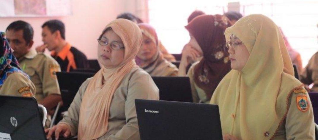Peningkatan Kapasitas Bidang TIK bagi Perangkat Desa